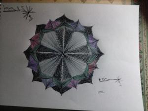 KrisArSo. Polígono estrellado. Dibujo técnico. Color
